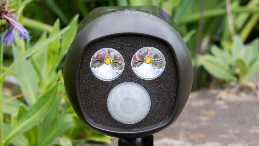 Review TaoTronics TT-HSL003 LED Scheinwerfer mit PIR Bewegungser