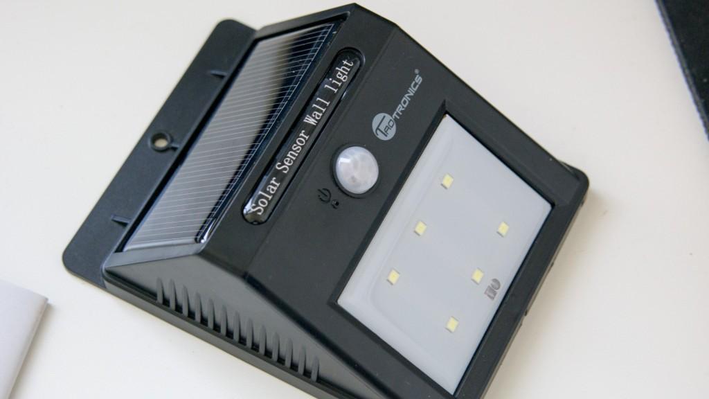 TaoTronics 6 LED Solar Nachtlicht mit Bewegungserkennung-1