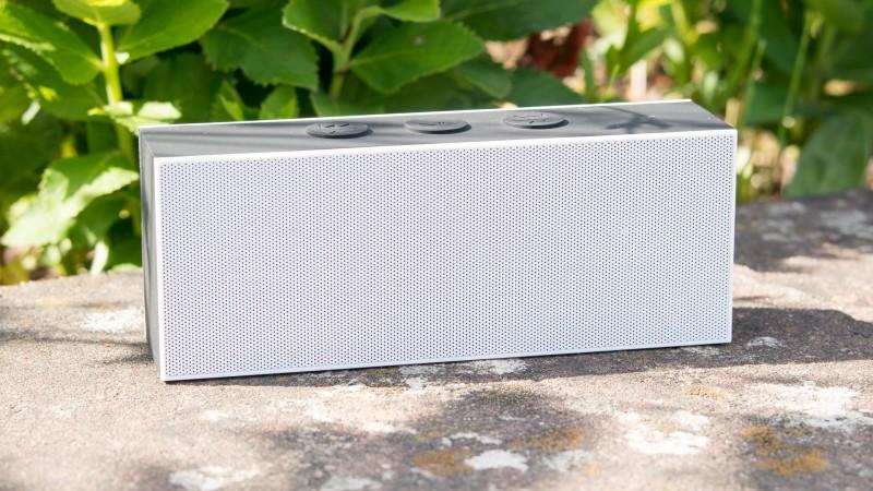 August SE30 Bluetooth Lautsprecher Test Review Vergleich