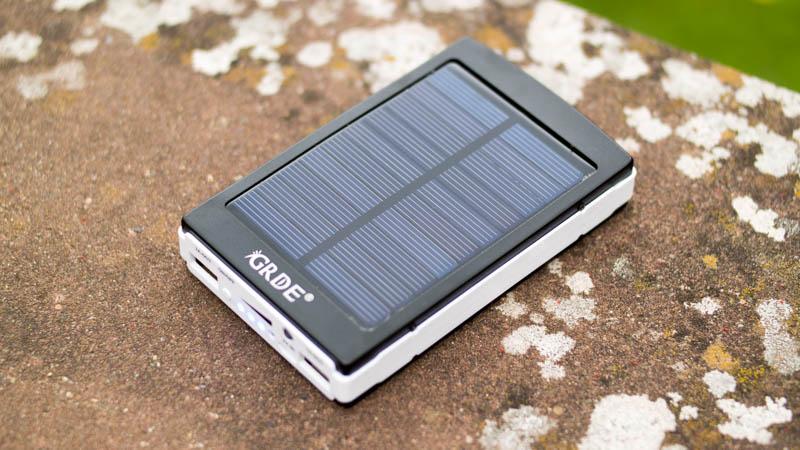Günstigste Solar Powerbank von GRDE im Test-7
