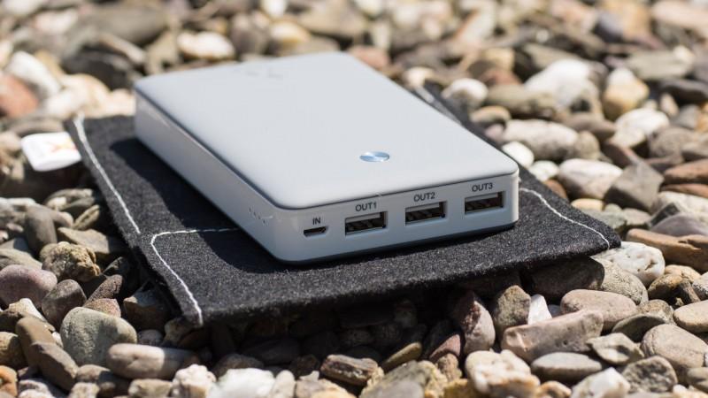 Xtorm XB102 15000mAh Free Powerbank Test Review Externer Akku Ladegerät Portabel