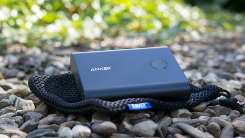Premium Powerbank Anker PowerCore+ 13400mAh QC2.0 Schnelladen USB Review Test Verghleich Externer Akku