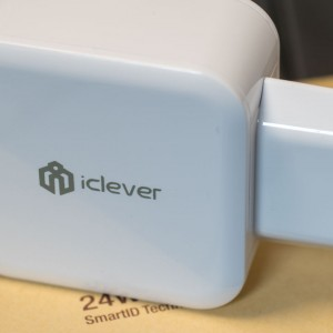 Dual Port USB Ladegerät von iClever im Test iClever IC-TC02 24W Dual USB Ladegerät