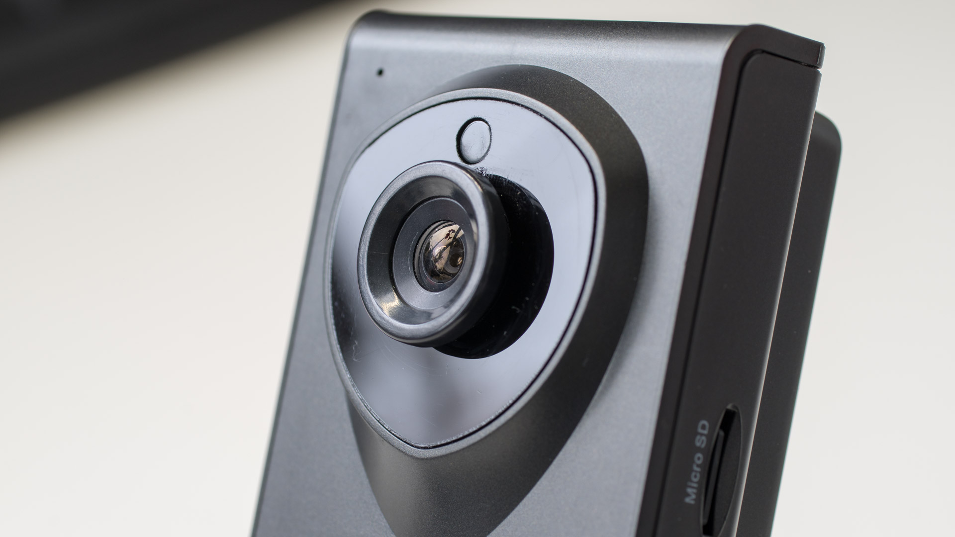 heim berwachungskamera von instar im test instar in 6001hd techtest. Black Bedroom Furniture Sets. Home Design Ideas