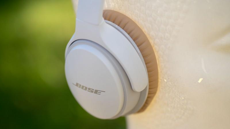 bose soundlink around ear ii high end bluetooth kopfh rer im test techtest. Black Bedroom Furniture Sets. Home Design Ideas