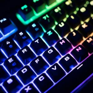 Corsair STRAFE Gaming RGB Tastatur im Test
