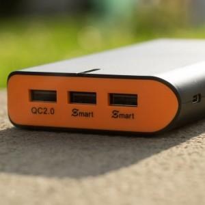 Die fortschrittlichste Powerbank auf dem Markt? EasyAcc PB20000QC mit Quick Charge 2.0 20000mAh und USB Type C im Test