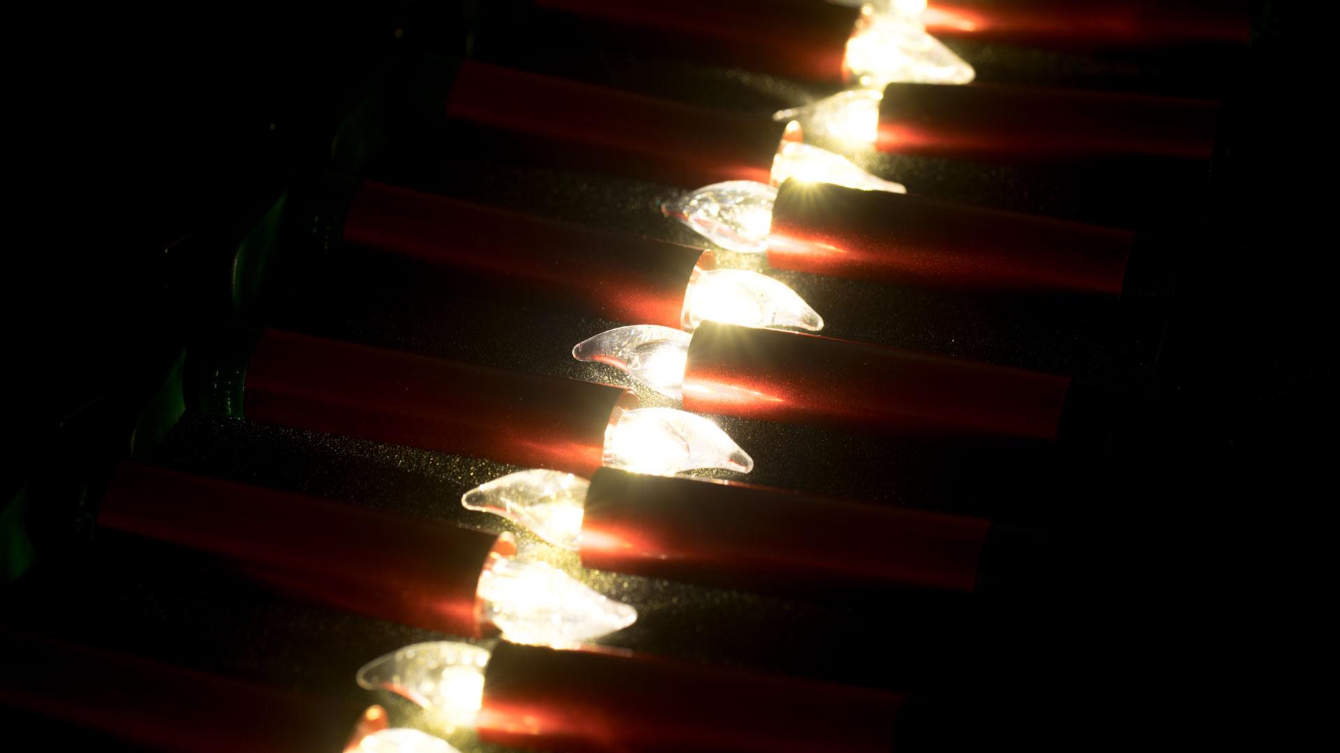 KRINNER-Lumix-Deluxe-Mini-Basis-Set-rot-IR-kabellose-LED-Christbaumkerzen-11 Schöne Kerze Leuchtet In Verschiedenen Farben Dekorationen