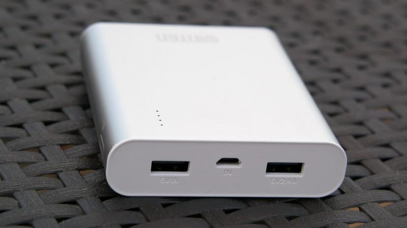 WINTEN Deluxe Powerbank WINTEN 12000mAh WT-P120P Externer Akku Ladegerät Test Review USB