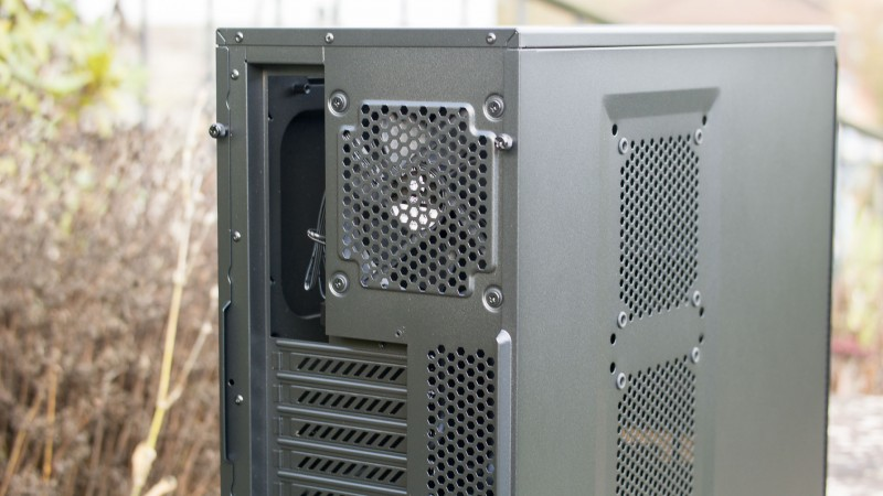 Corsair Carbide Series 200R PC Gehäuse im Test Review Bericht H