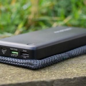Die beste Powerbank 2015, RAVPower 20100mAh RP-PB043 mit Qick Charge und USB Typ C im Test