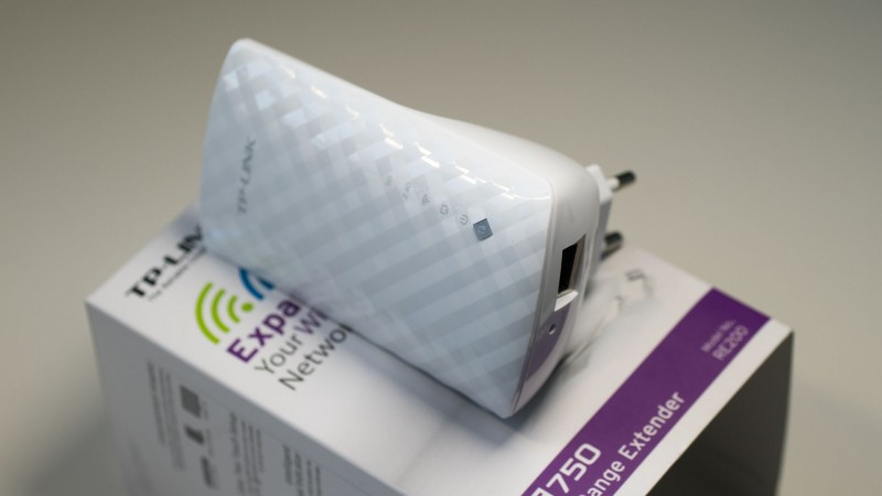 Günstiger WLAN Repeater mit 5GHz und ac Support im Test, der TP-LINK RE200-3