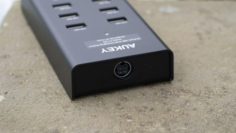 AUKEY PA-U22 Ladegerät mit 10 USB Ports Test Review-1