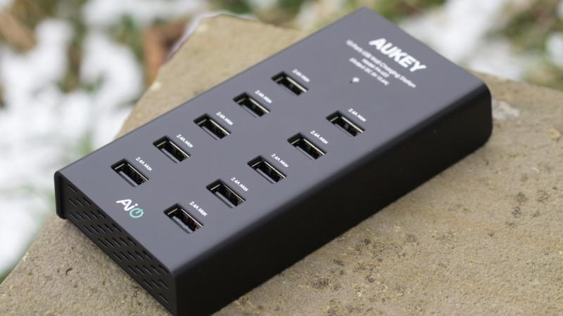 AUKEY PA-U22 Ladegerät mit 10 USB Ports Test Review-21