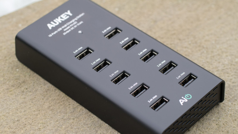 AUKEY PA-U22 Ladegerät mit 10 USB Ports Test Review-4