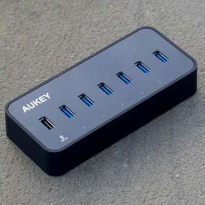 Aukey USB 3.0 HUB mit LAN Anschluss und 6 USB Ports im Test, ideal für MacBooks oder Ultrabook