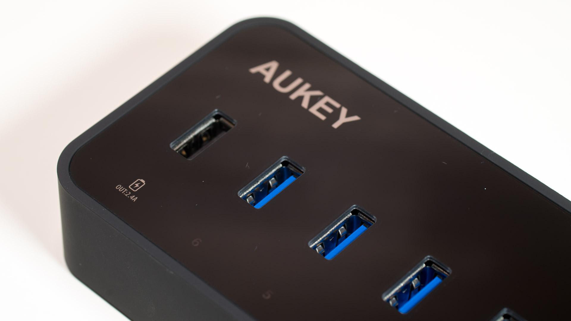 Aukey USB 3.0 HUB mit LAN Anschluss und 6 USB Ports im ...