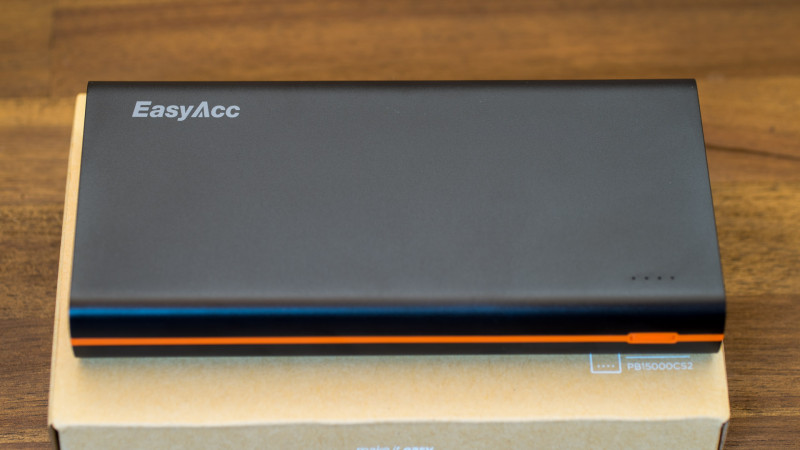 EasyAcc 2. Gen 15000mAh Power Bank Test Review Powerbank-2
