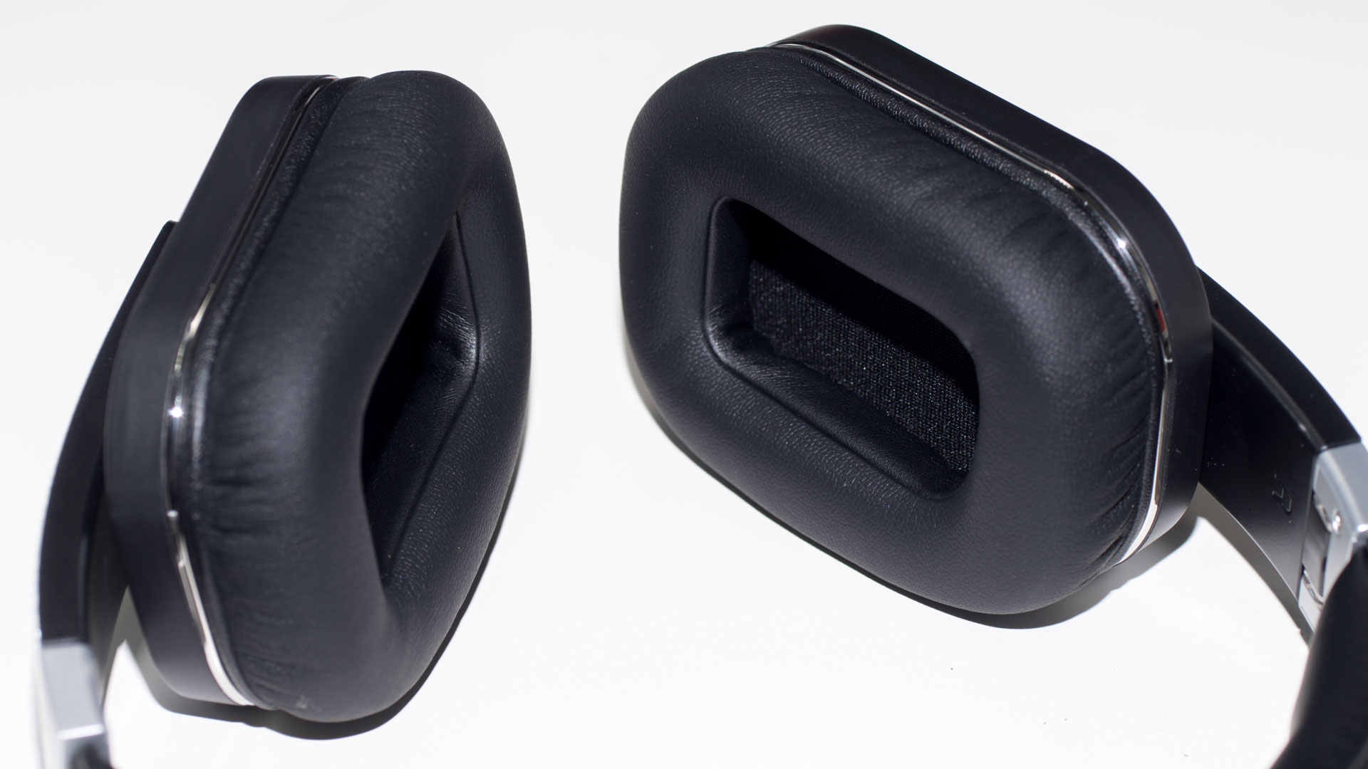 die besten budget bluetooth kopfh rer die audiomx hb 8a. Black Bedroom Furniture Sets. Home Design Ideas