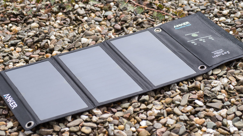 Das Anker PowerPort 21W USB Solarladegerät im Test-3