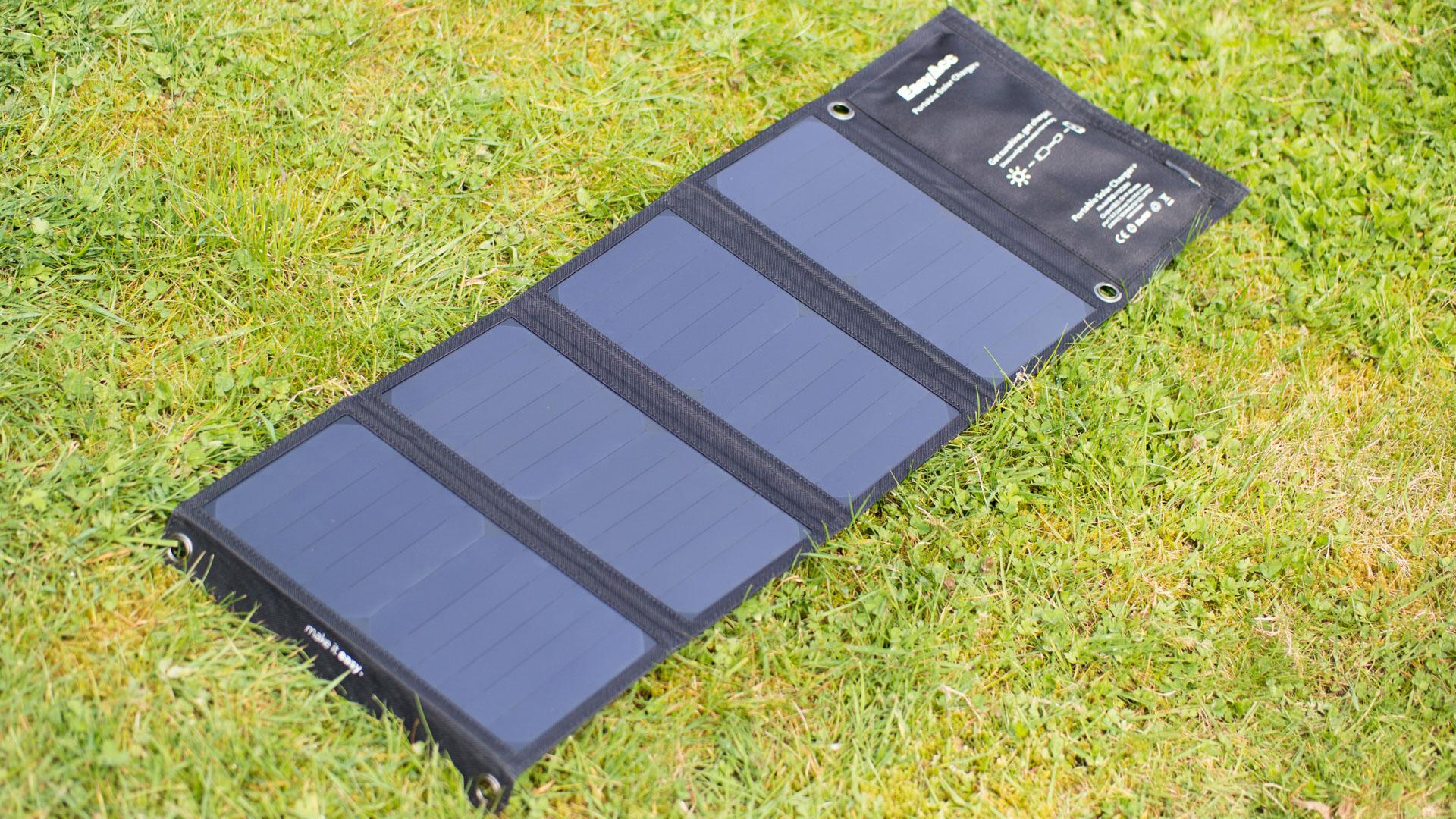 das st rkste solar ladeger t das easyacc 28w solar. Black Bedroom Furniture Sets. Home Design Ideas