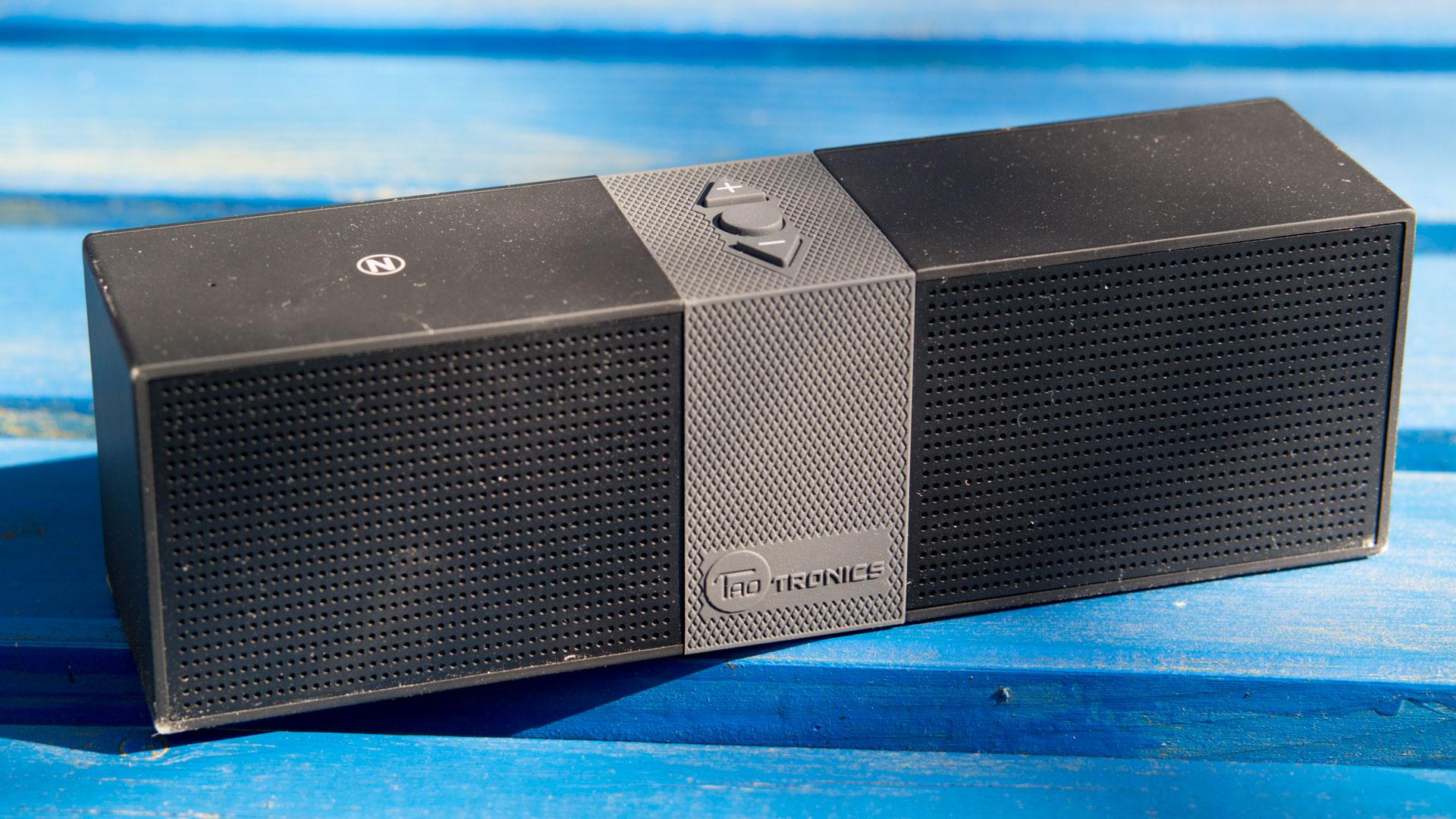 10 bluetooth lautsprecher unter 50 im vergleich anker - Bluetooth lautsprecher wohnzimmer ...