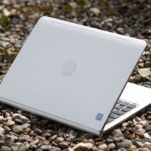 Das HP Pavilion x2 12-b030ng/12-b000ng 2in1 Convertible im Test