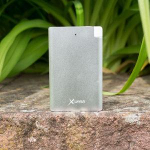 Mini Powerbank mit microUSB und Lightning im Test, die XLayer Pocket Pro 2500mAh