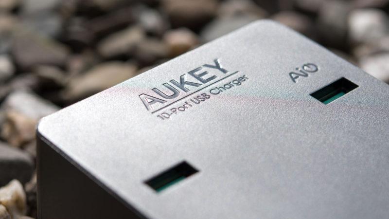 AUKEY PA-T8 10 Port USB Ladegerät mit 115W und zwei Quick Charge 3.0 Ports im Test-11