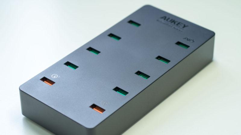 AUKEY PA-T8 10 Port USB Ladegerät mit 115W und zwei Quick Charge 3.0 Ports im Test-5