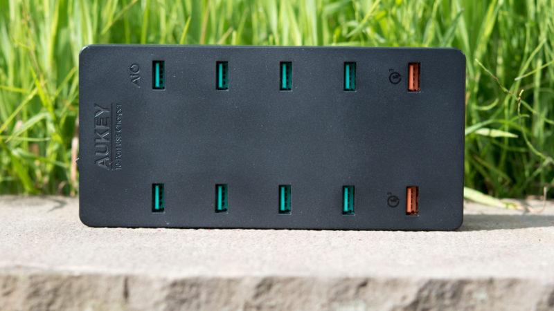 AUKEY PA-T8 10 Port USB Ladegerät mit 115W und zwei Quick Charge 3.0 Ports im Test-7