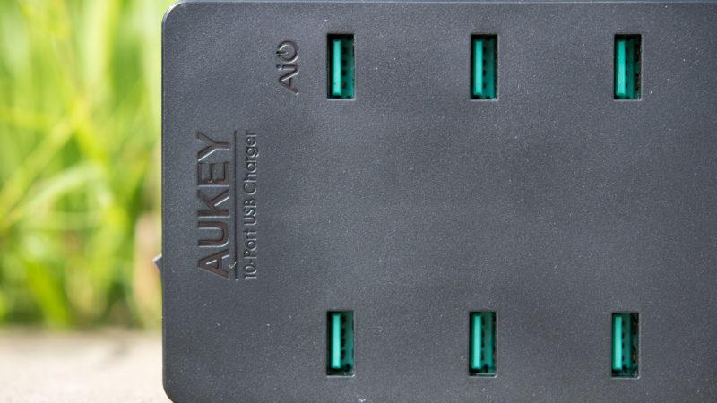 AUKEY PA-T8 10 Port USB Ladegerät mit 115W und zwei Quick Charge 3.0 Ports im Test-8