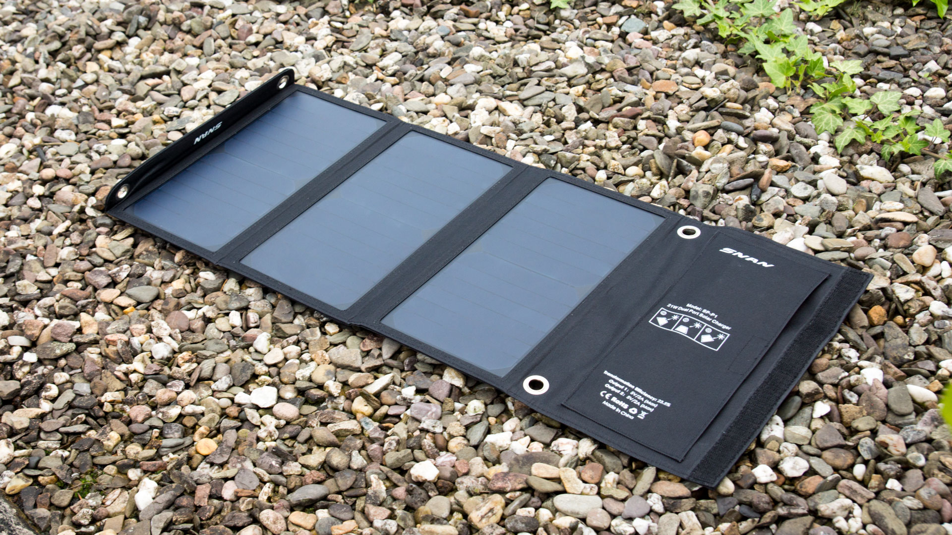 das snan 21w solar ladeger t im test techtest. Black Bedroom Furniture Sets. Home Design Ideas