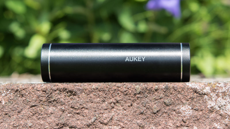 AUKEY 5000mAh Quick Charge 3.0 Test-15