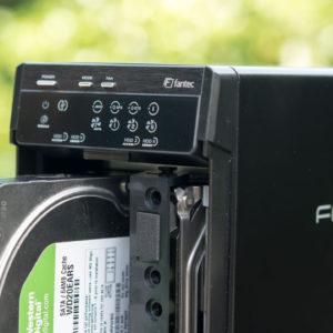 FANTEC QB-X2US3R Gehäuse für zwei  3,5″ Festplatten im Test