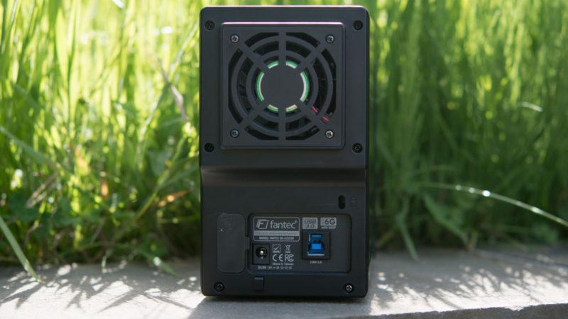FANTEC QB-X2US3R Gehäuse für zwei 3,5- Festplatten im Test-12