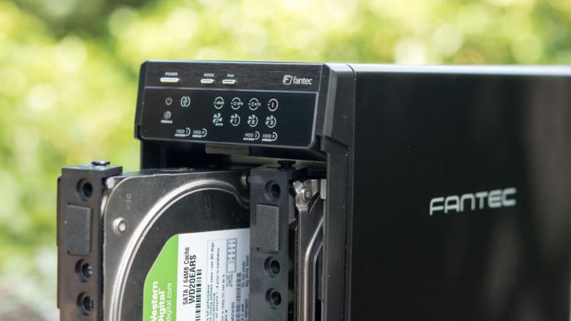 FANTEC QB-X2US3R Gehäuse für zwei 3,5- Festplatten im Test-16