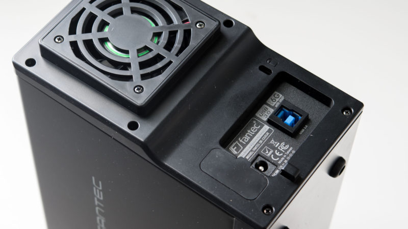 FANTEC QB-X2US3R Gehäuse für zwei 3,5- Festplatten im Test-3