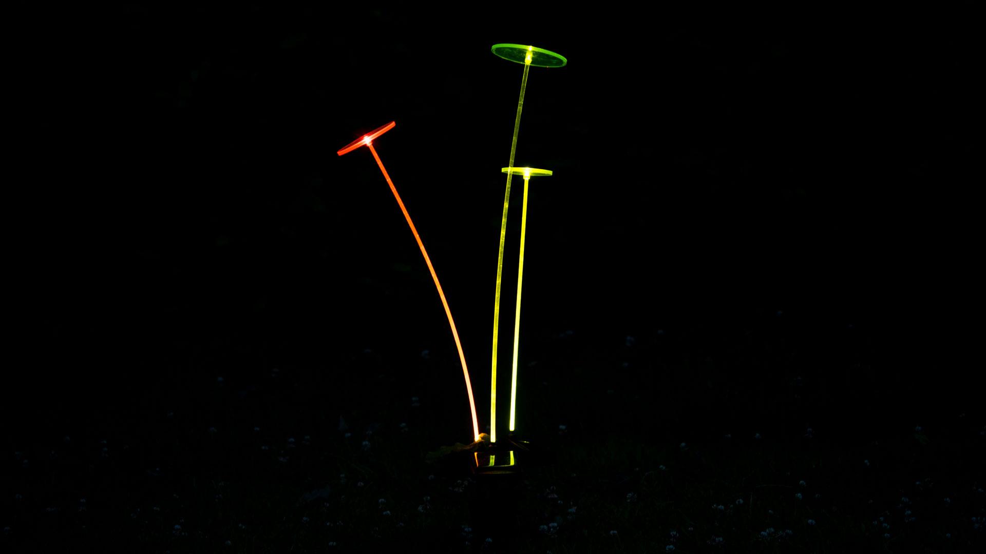krinner lumix swing lights ungew hnliche solar leuchten. Black Bedroom Furniture Sets. Home Design Ideas