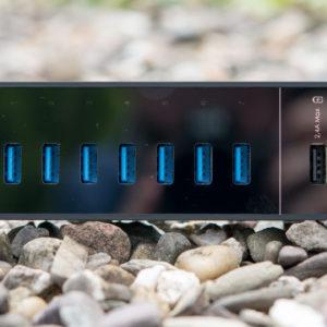 AUKEY USB 3.0 Hub mit 7 Daten und 2 Ladeports im Test