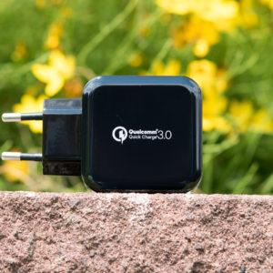 Das EasyAcc Quick Charge 3.0 Ladegerät mit 30W Leistung im Test