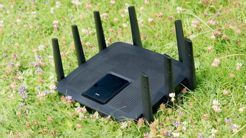 Linksys EA9500 Test-17
