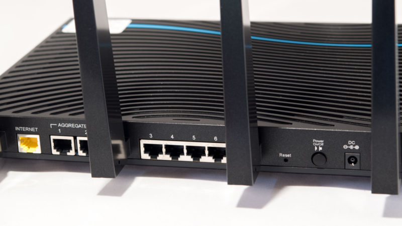 Netgear Nighthawk X8 Test-8