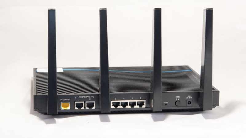 Netgear Nighthawk X8 Test-9