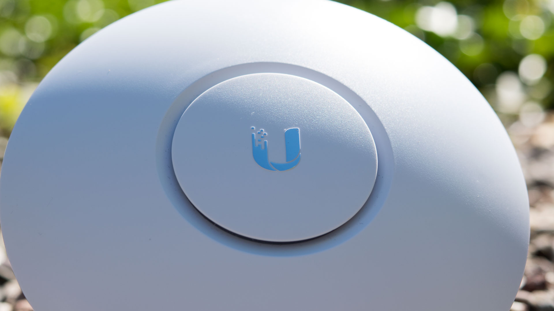Business Wlan Fr Daheim Der Ubiquiti Unifi Ap Ac Lite Im Test Long Range Uap Lr 13