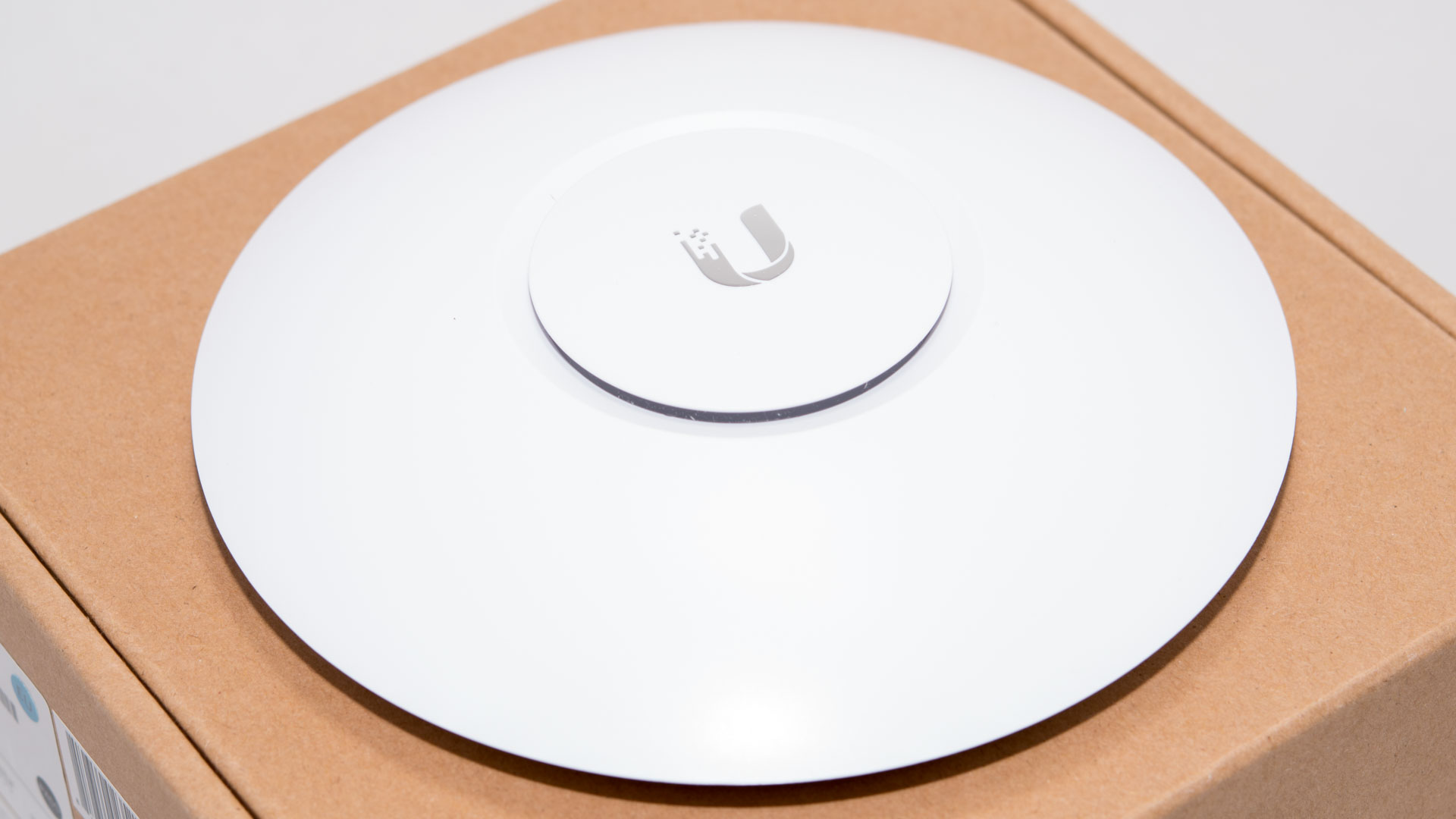 business wlan f r daheim der ubiquiti unifi ap ac lite im test techtest. Black Bedroom Furniture Sets. Home Design Ideas