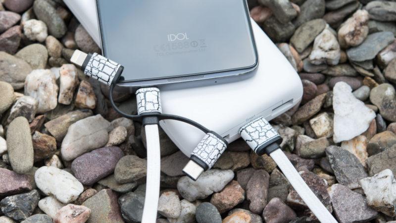 3 in 1 Kabel aus China, USB C, microUSB und Apple Lightning an einem Strang-3