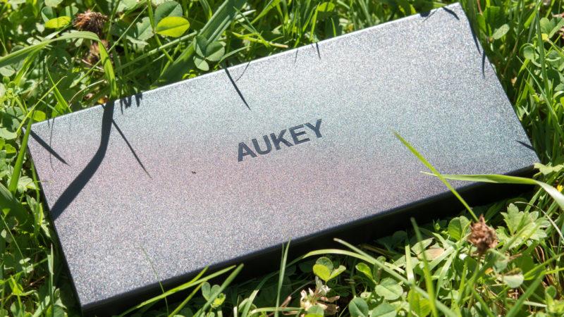 aukey-pb-t9-16000mah-powerbank-mit-quick-charge-3-0-im-test-14