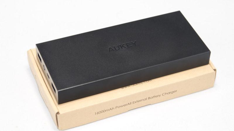 aukey-pb-t9-16000mah-powerbank-mit-quick-charge-3-0-im-test-2