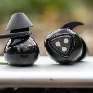 Vollständig kabellose Ohrhörer für 40€, die Syllable D900 MINI im Test. Die günstige alternative zu Apple Airpods?